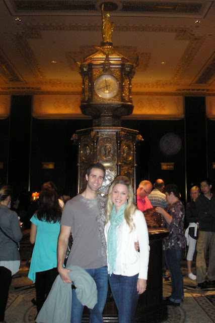 Fab Housewife in front of the Waldorf Astoria clock