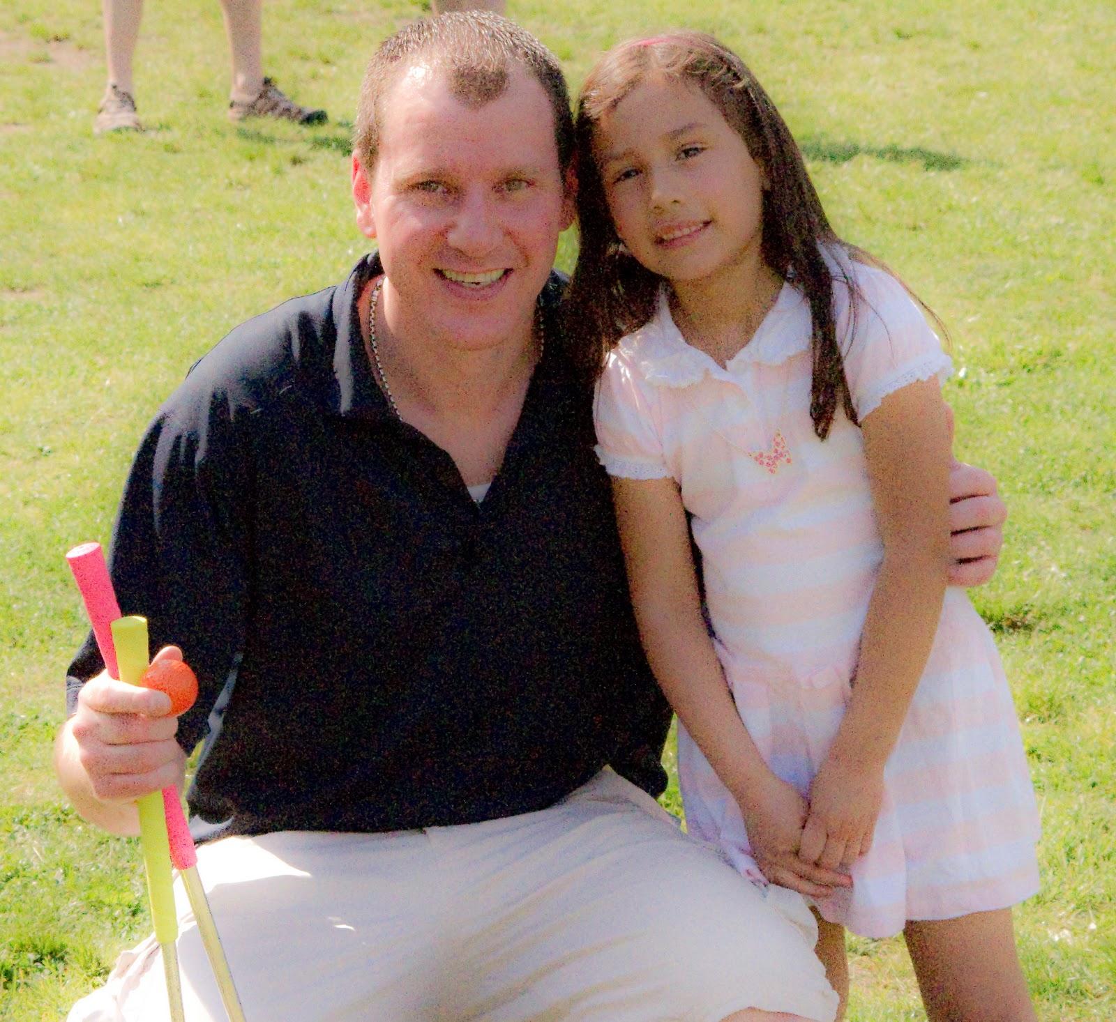 http://4.bp.blogspot.com/_gb_aU0ucZ14/TJ_PE8i0AzI/AAAAAAAACps/aysDccICYDA/s1600/Jamie+Cryan+and+daughter-2.jpg