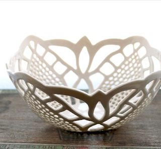 Lace bowl by Isabelle Abramson