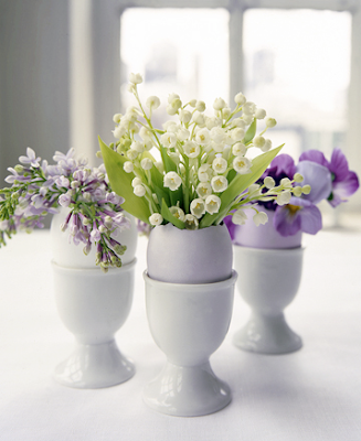 Flower arrangements in eggshells by Martha Stewart