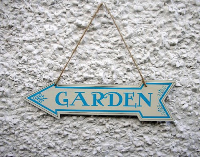 Garden metal sign