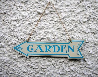 Garden metal sign
