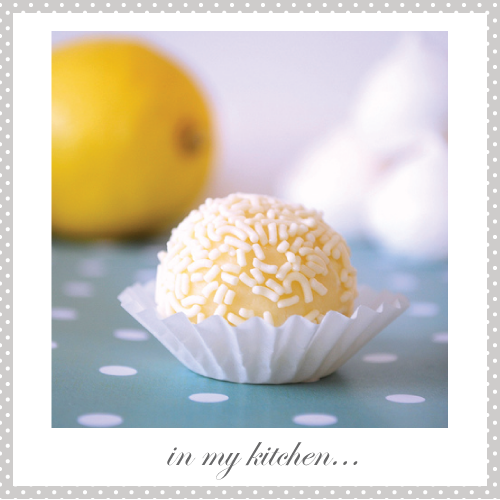 Lemon meringue white chocolate truffles
