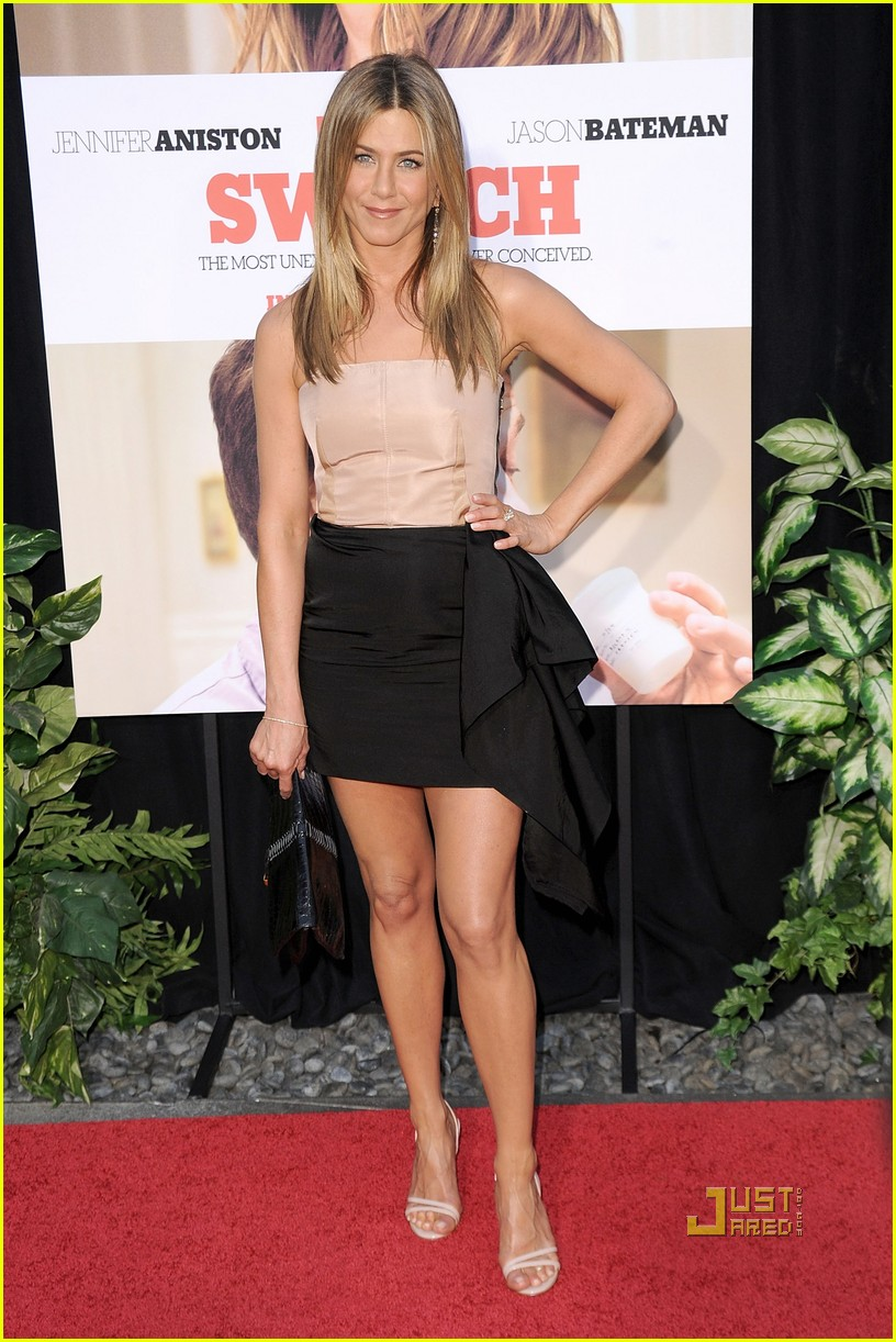 Style and outfit jennifer aniston style for Jennifer aniston 2010
