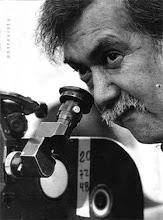 Raúl Ruiz Pino o Raoul Ruiz (* 25 de julio de 1941, Puerto Montt - ); cineasta