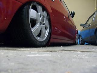 carro no chão