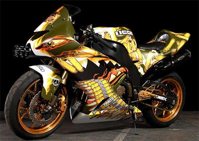 Yamaha R6 Fully Extreme Airbrush