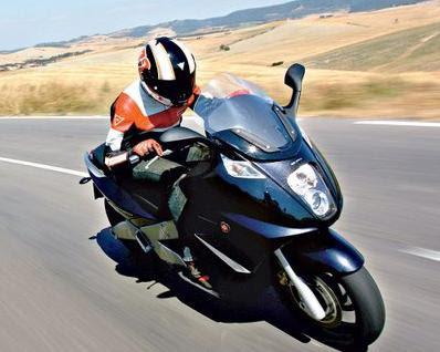 Piaggio Gilera GP 800 Sport Bike Style-1