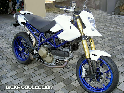 Ducati Hypermotard 1100 White Muscular Super Fighter 2