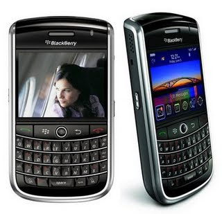 Blackberry Curve 9700: Blackberry Tour