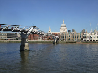 Tate Modern and the Millennium Bridge