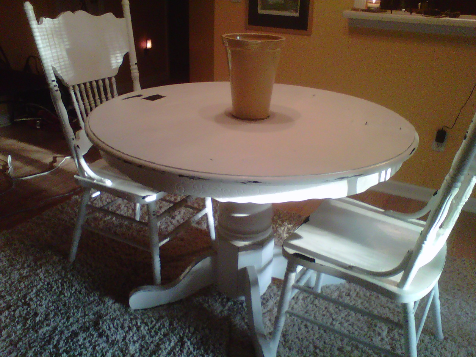 2 vintage sisters kitchen table makeover - Kitchen table redo ...
