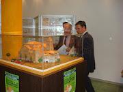 EXPOTOR. Joan Isern amb l'alcalde de Tordera