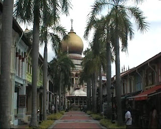 sultan mosque singapore bussorah mall