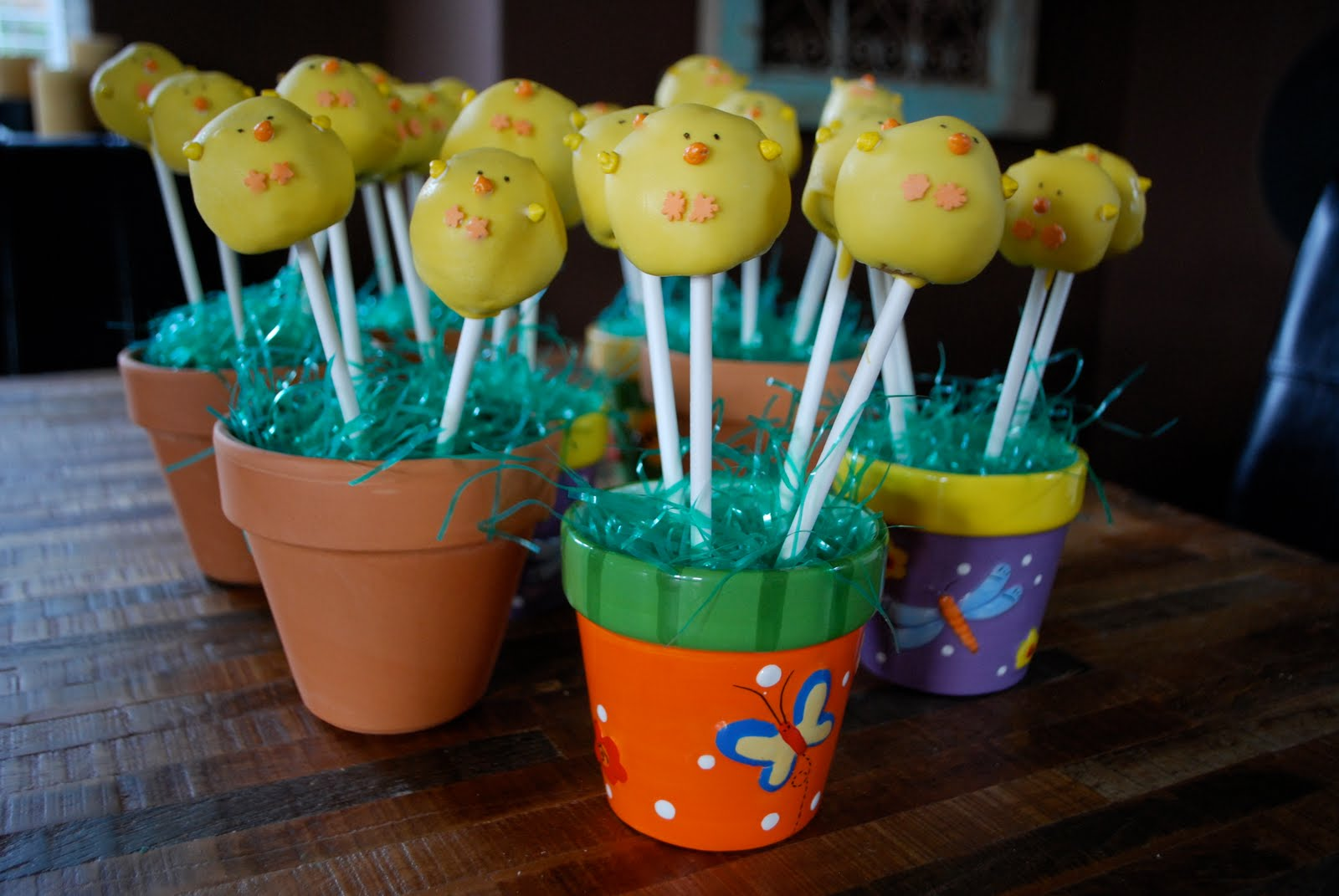 Chick Cake Pops Images : there s always room for tiny cakes! : Easter Chick Cake Pops