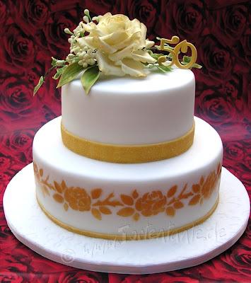 Torte für goldene Hochzeit