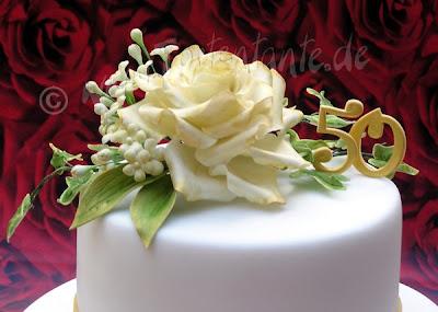 Zuckerrose aus Blütenpaste