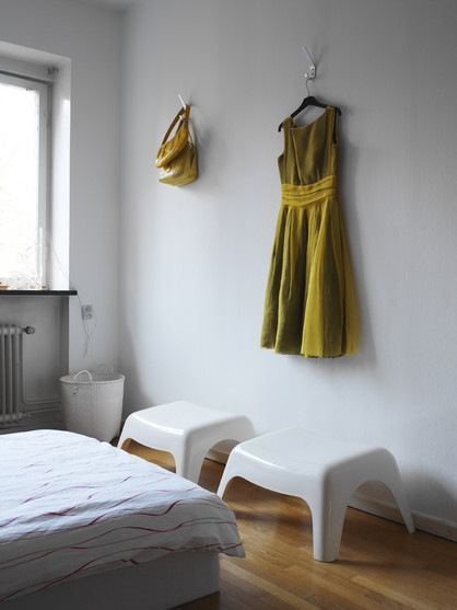 [Soderberg+Daniel+green+dress+room]
