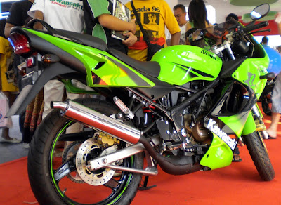 Features of Kawasaki Ninja 150 KRR :