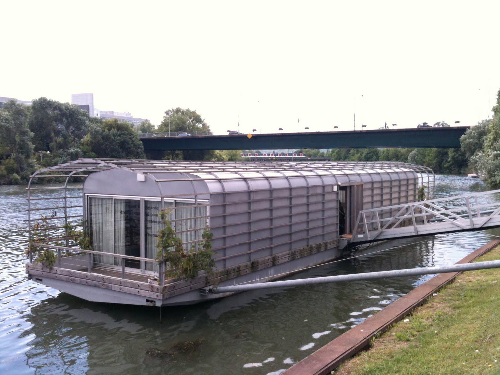Inspiration level zero maison flottante bouroullec for Maison flottante