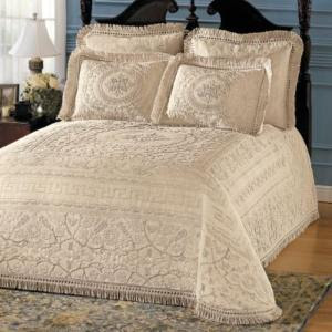 This Queen Elizabeth Woven Cotton Bedspread is incredibly luxurious bedding ...