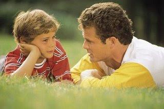 Los padres pueden cimentar las bases para que sus hijos sean sexualmente sanos
