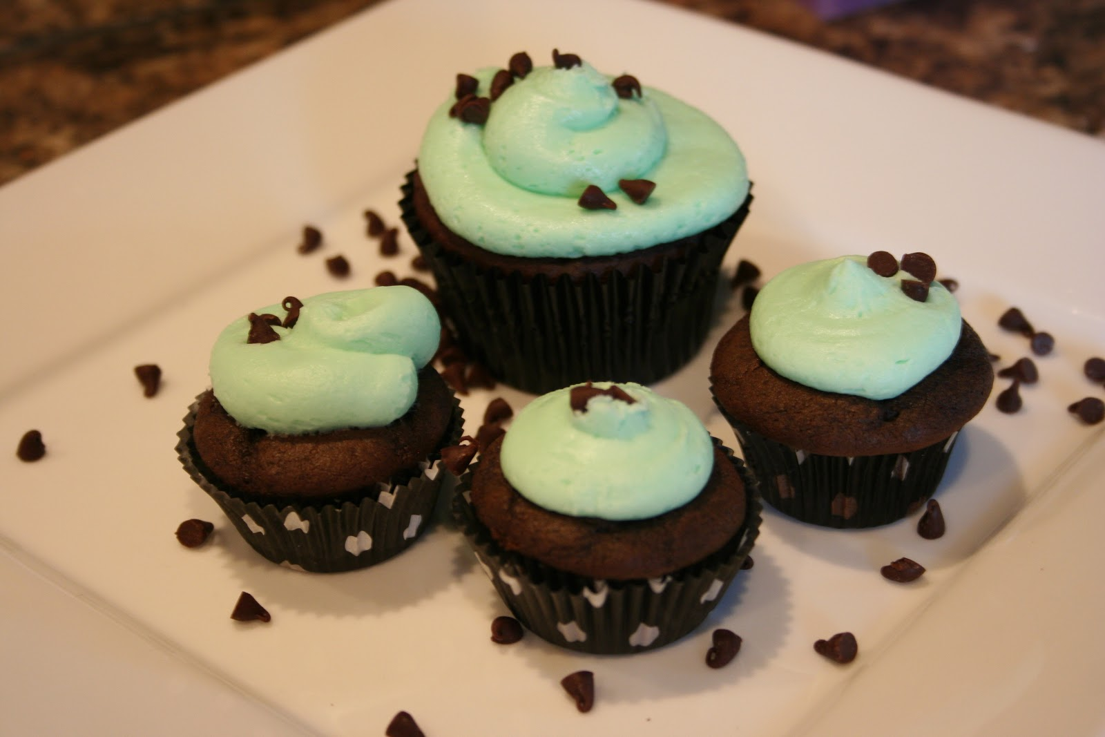MD Designs: Mint Chocolate Cupcakes