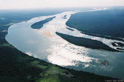http://4.bp.blogspot.com/_glyLfBk9Cic/SnC0vhFjiwI/AAAAAAAAKDg/jdPbM26jgZA/s400/usina+Belo+Monte.jpg