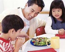 Before You Go Out to Eat, Click for KIDS EAT FREE