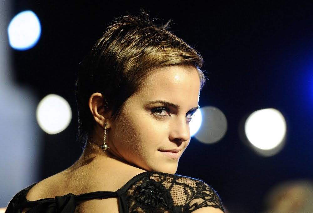 Emma Watson Brothers And Sisters. hot emma watson short hair