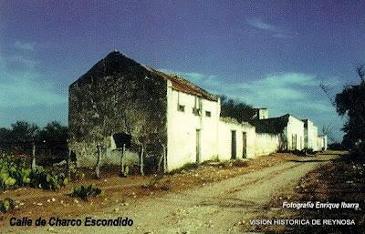Calle de Charco Escondido
