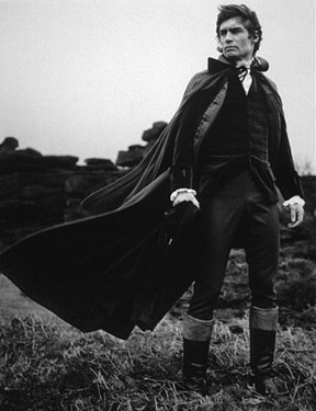 wuthering heights compared to frankenstein Thematically, the divided self is one of the most interesting themes within both novels and is of great importance to the development or ruin of the characters in both 'wuthering heights' and 'frankenstein'.
