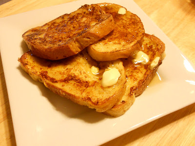 cinnamon sourdough french toast (sweetandsavoryfood.com)