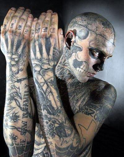 [Hombre+tatuado+de+calavera+9.jpg]