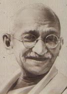Il nonno di Tara Gandhi.