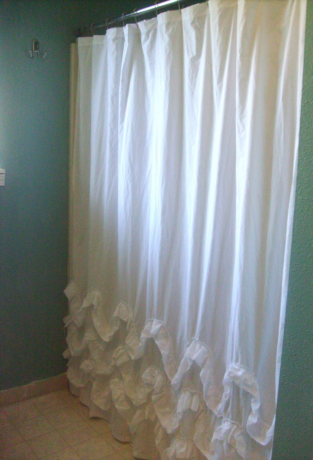 Country ruffled shower curtains - Hang Over A Light Colored Or Clear Shower Curtain Liner