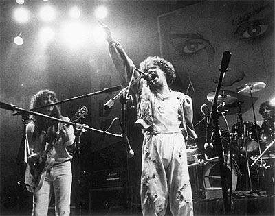 cantantes rockeros argentinos