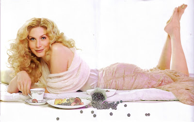 Elizabeth Mitchell in Statement Magazine 200