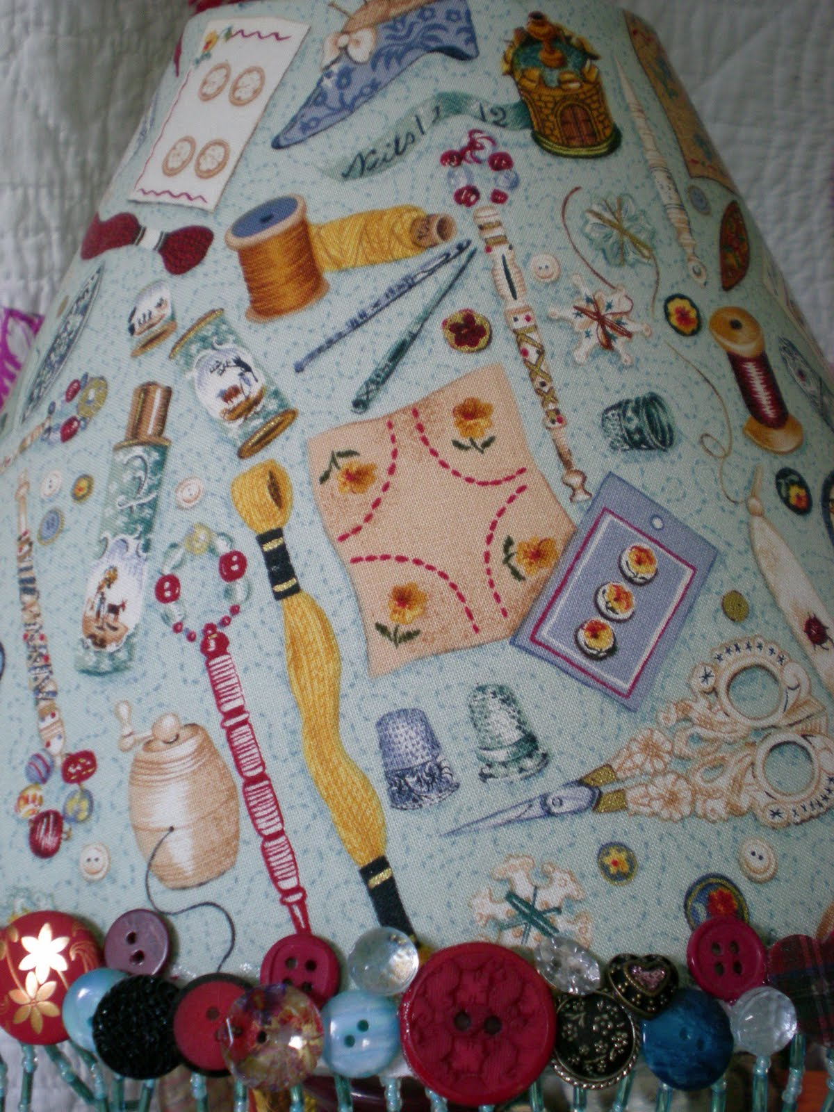 La bella vie now you see it now you don 39 t for Space themed fabric