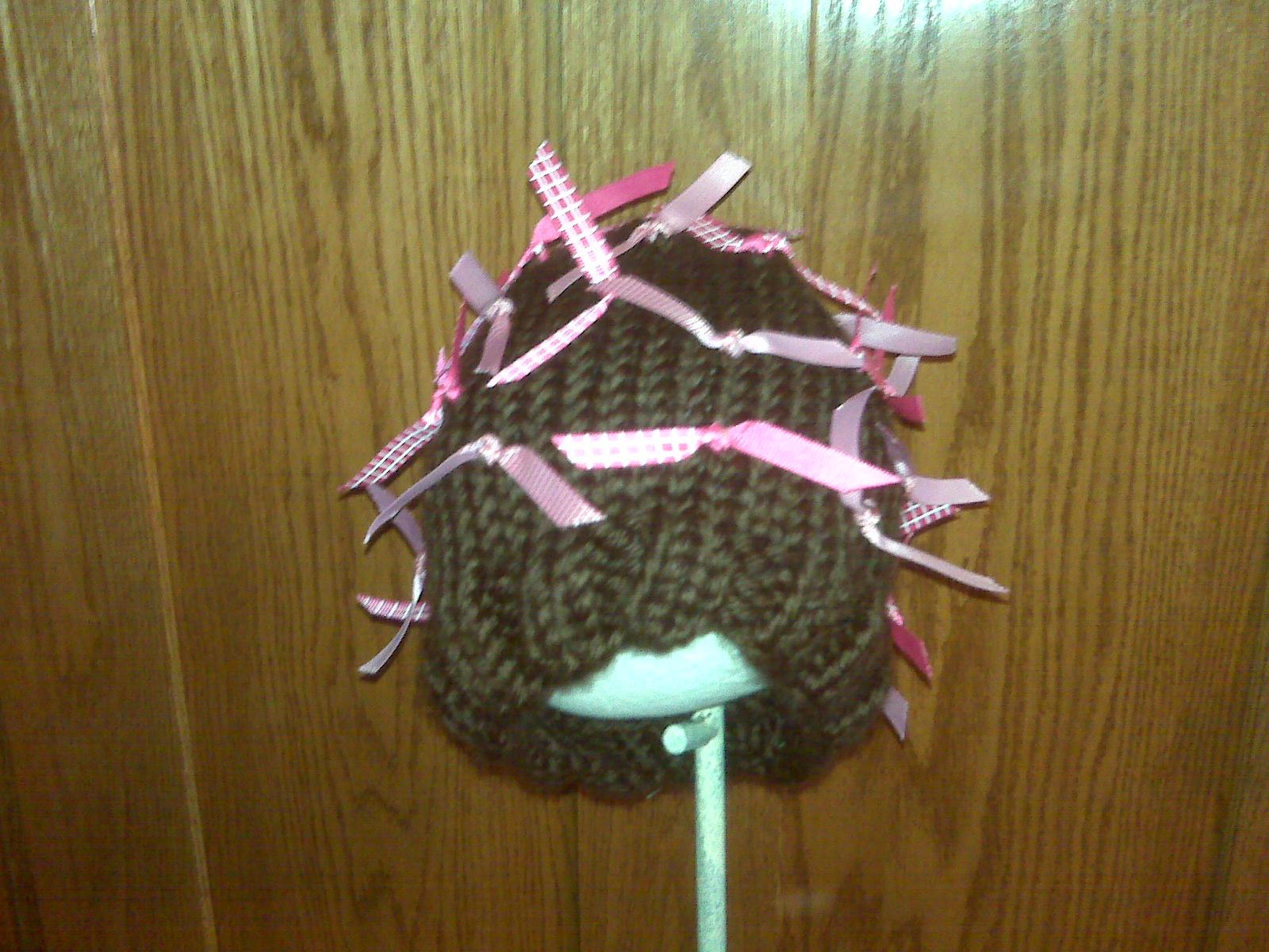 [brynn's+ribbon+hat+2-09.aspx]