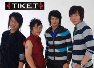 Lirik lagu Chord Gitar Tiket Jatuh Bangun