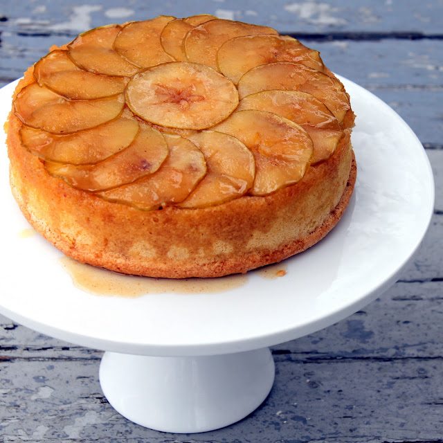 Apple Upside Down Cake recipe from cherryteacakes.com