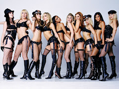 Sexy Woman Group Picture