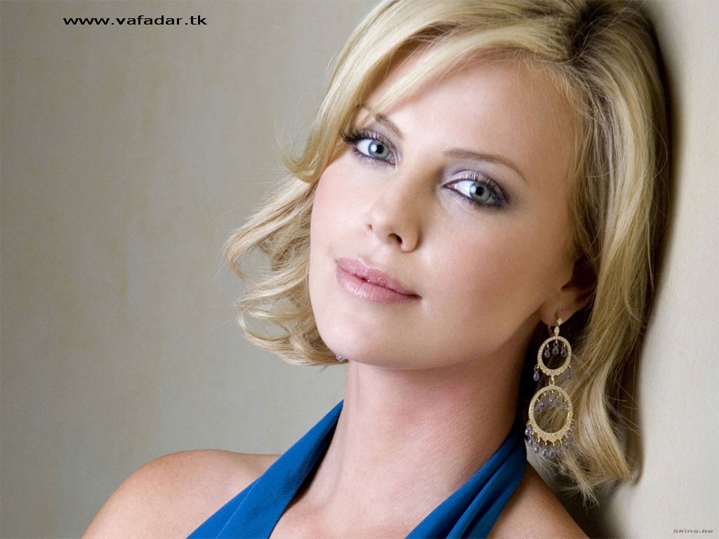 Charlize Theron | Image Globe - Wallpapers | Images | Pictures | Photos