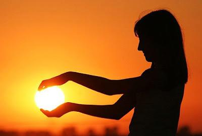 Foto Matahari Kreatif