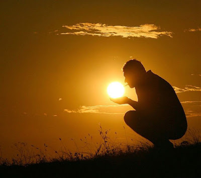 Foto Unik Matahari yang Indah dan Kreatif ~ Terbaca.com