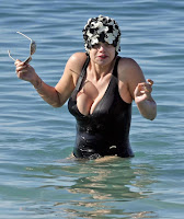 Jade Goody Shows Off Her Goodies At The Beach