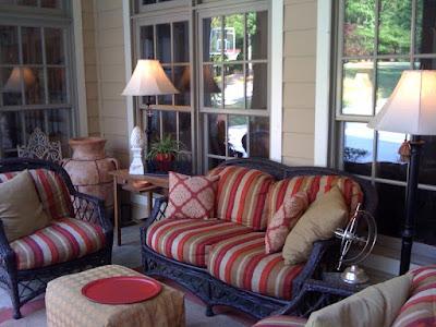 Imparting Grace: Outdoor decor