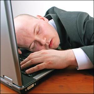 http://4.bp.blogspot.com/_gzOX4l8JGkw/Se9-Z60PuGI/AAAAAAAAALM/O-JRulZER1s/s320/insights-sleep-on-computer.jpg