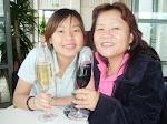 妈妈与我, 品酒中